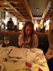 Sjæfen aka lille my, i dyp konsentrasjon med mobilen sin. Nothing surprising there :)